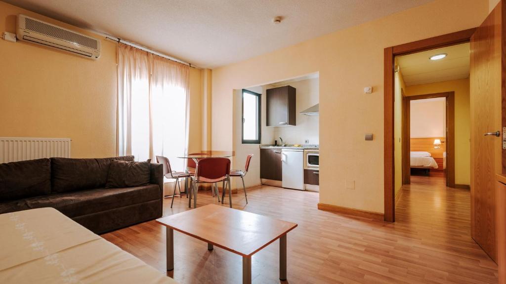 Hotel en Salamanca Despedida Soltera y Soltero · Alojamiento · Paradise Events 4