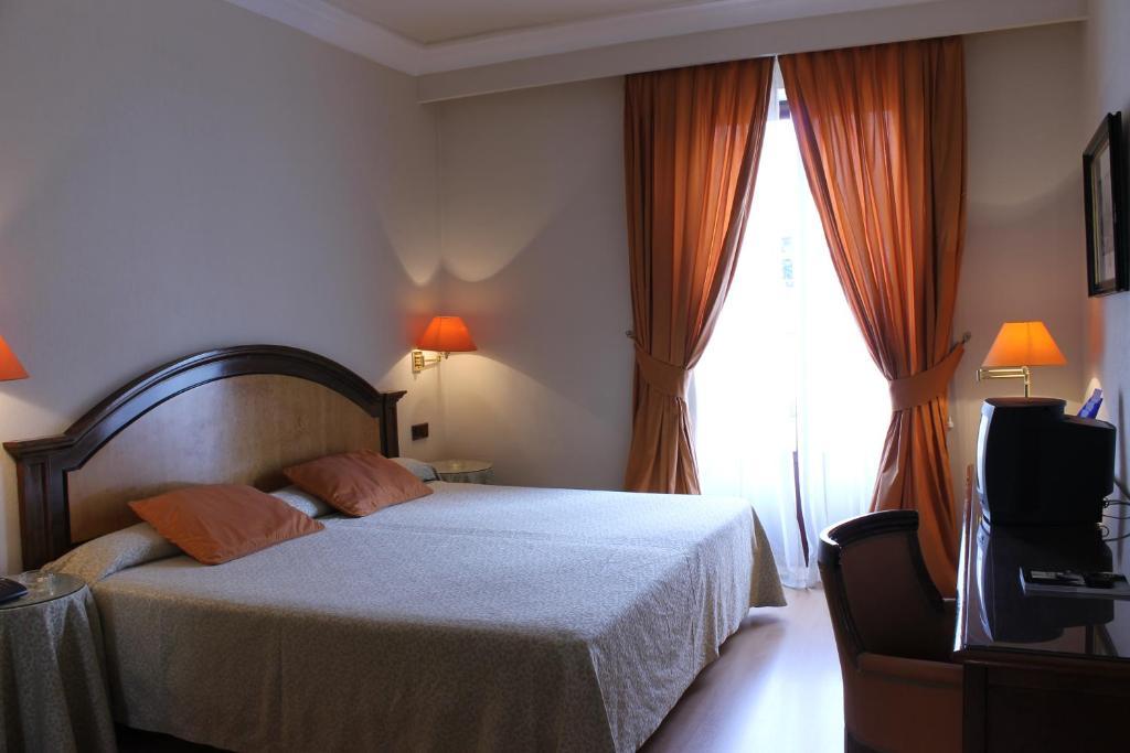Hotel en Salamanca Despedida Soltera y Soltero · Alojamiento · Paradise Events 5