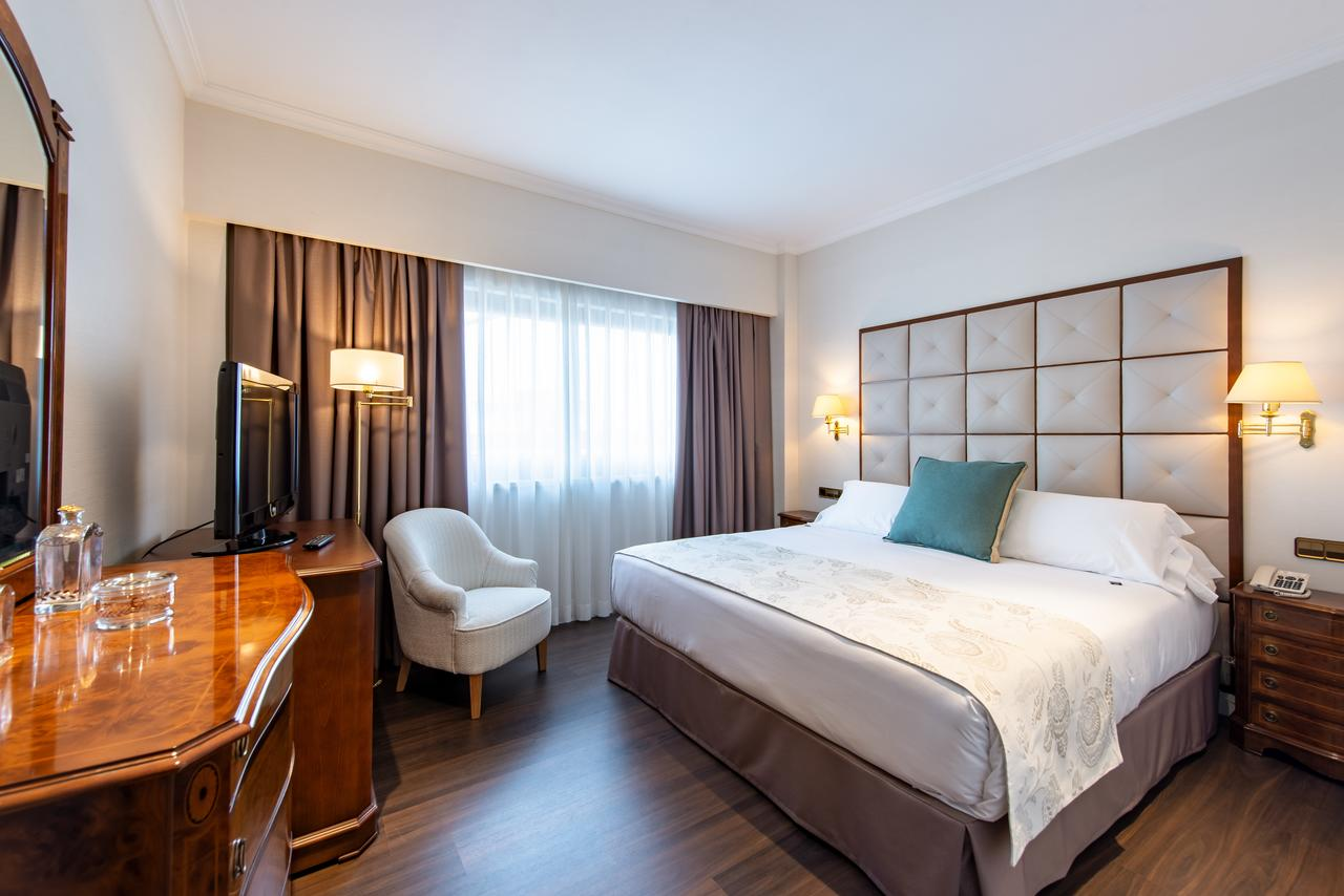 Hotel 4 1