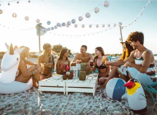 Fiesta en la Playa sin Texto Despedida de Soltera y Soltero en Malaga